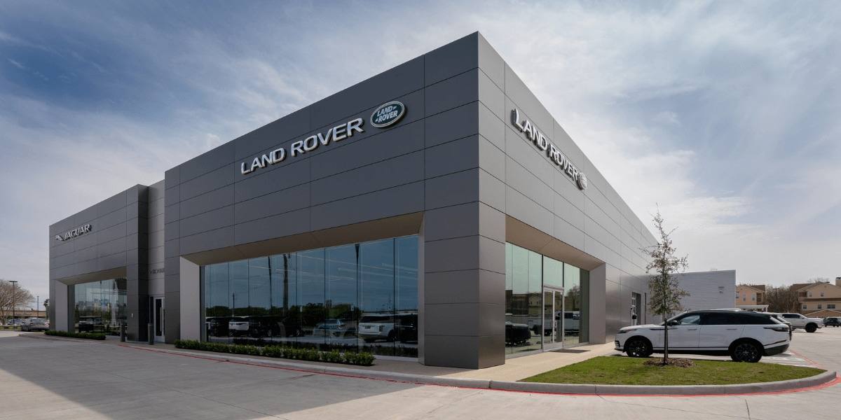 Exterior view of Land Rover West Houston during the day