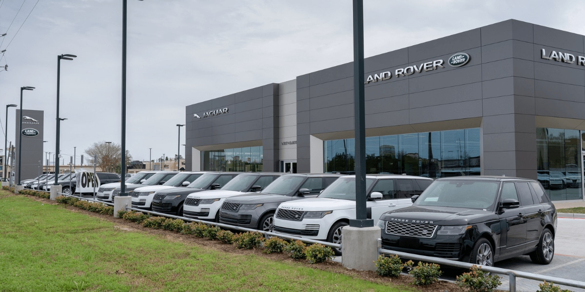 Exterior view of Land Rover West Houston from the street