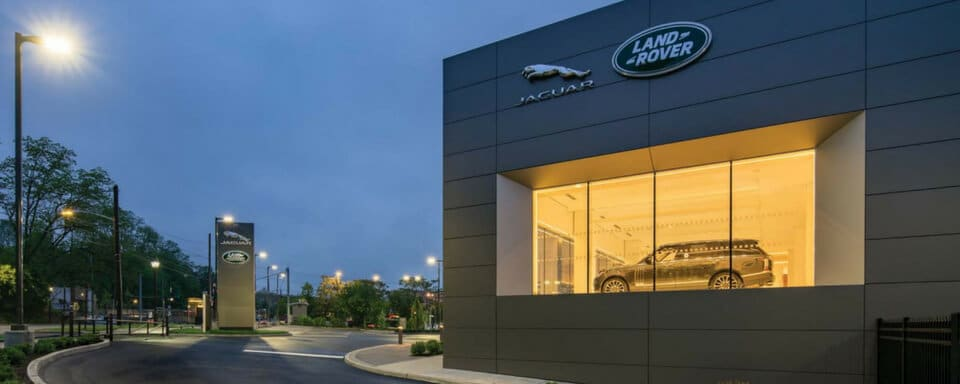 Exterior view of Land Rover White Plains during the day