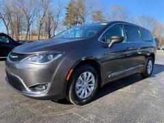 New 2019 Chrysler Pacifica TOURING PLUS Passenger Van in La Porte