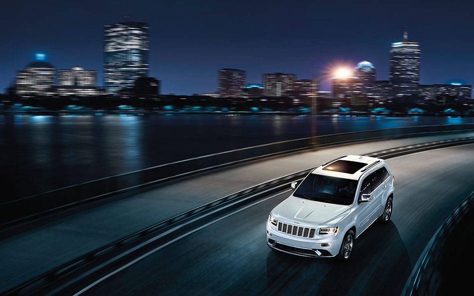 2017 Jeep Grand Cherokee Exterior Night
