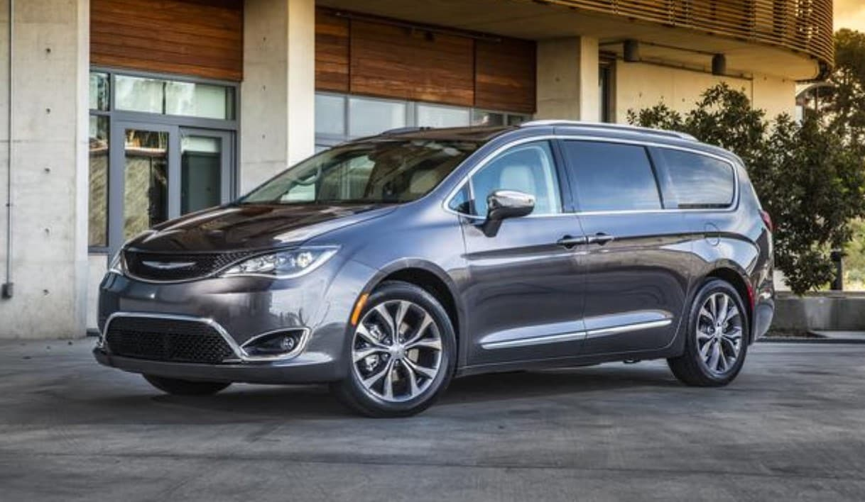 2019 Chrysler Pacifica Gray Front Exterior
