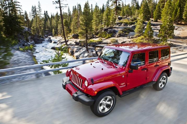 2018 Jeep Wrangler JK Sahara Red Front Exterior