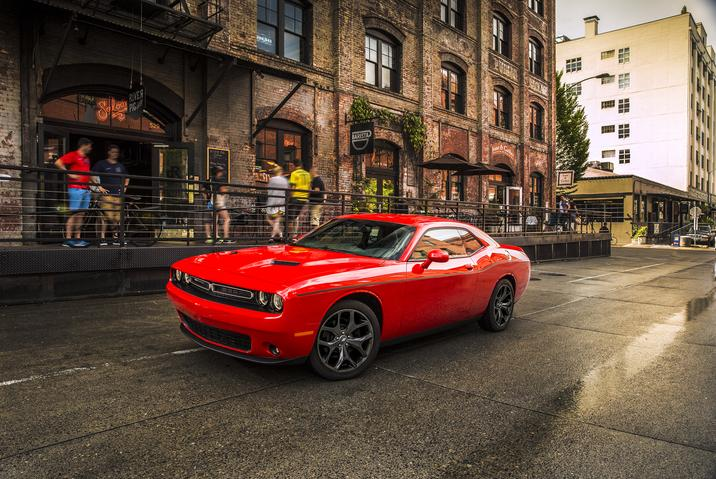 2018 Dodge Challenger SXT Plus Red Side Exterior