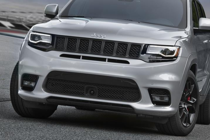 2017 Jeep Grand Cherokee SRT Front Exterior