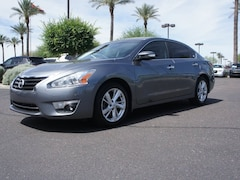 Used 2015 Nissan Altima 2.5 SL Sedan for sale in Avondale, AZ