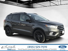 New 2019 Ford Escape SE 4WD I4 Engine Sandy