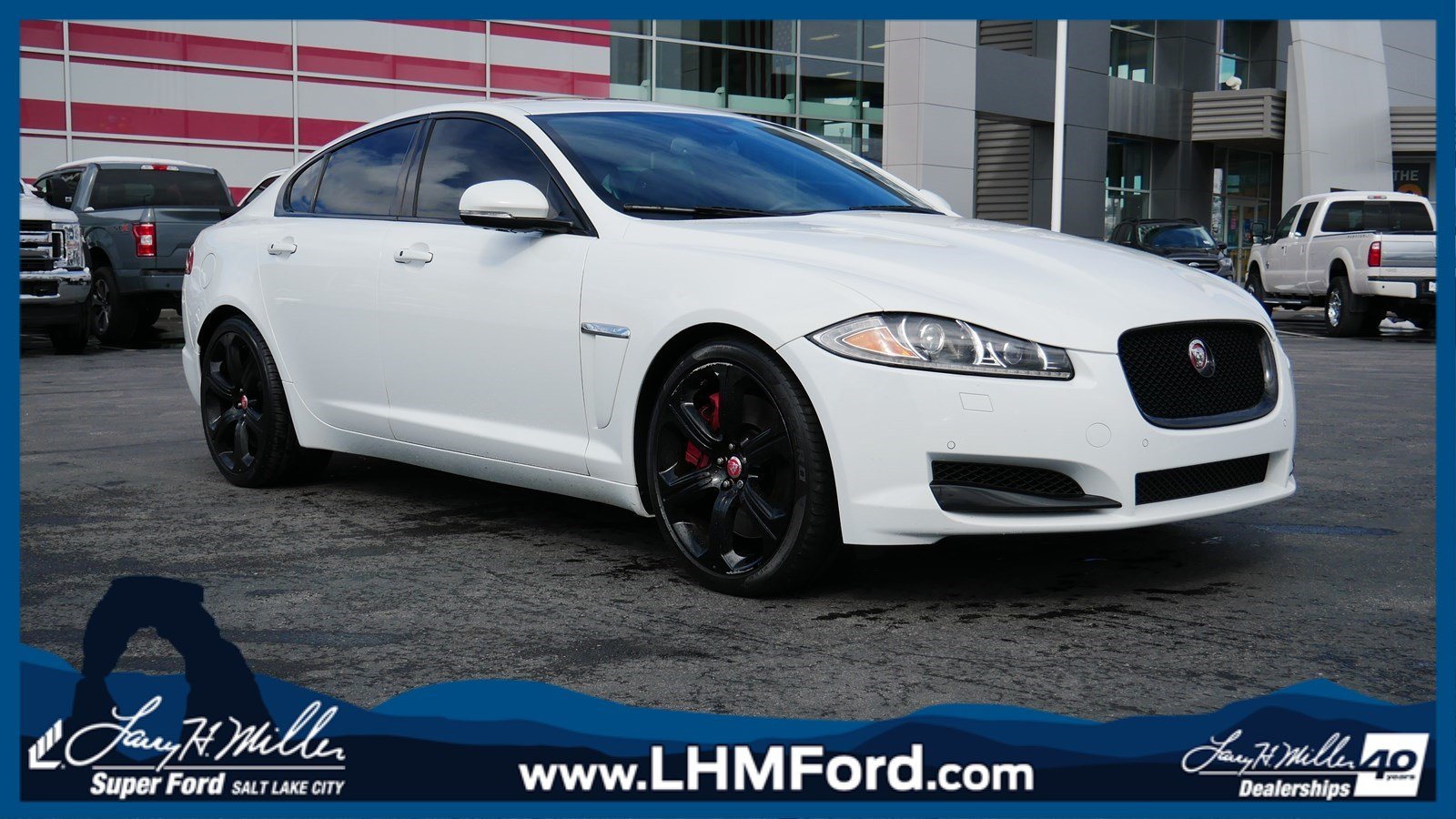 2015 Jaguar XF V8 Supercharged Sedan