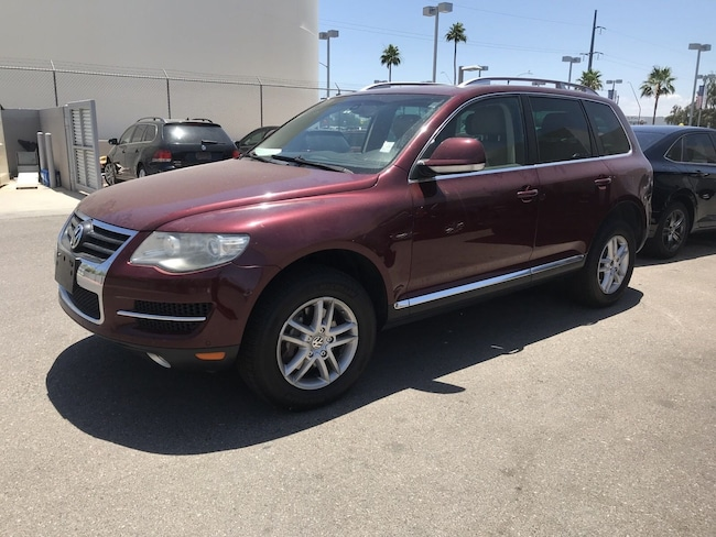 Used vehicle 2009 Volkswagen Touareg 2 VR6 SUV for sale in Tucson, AZ