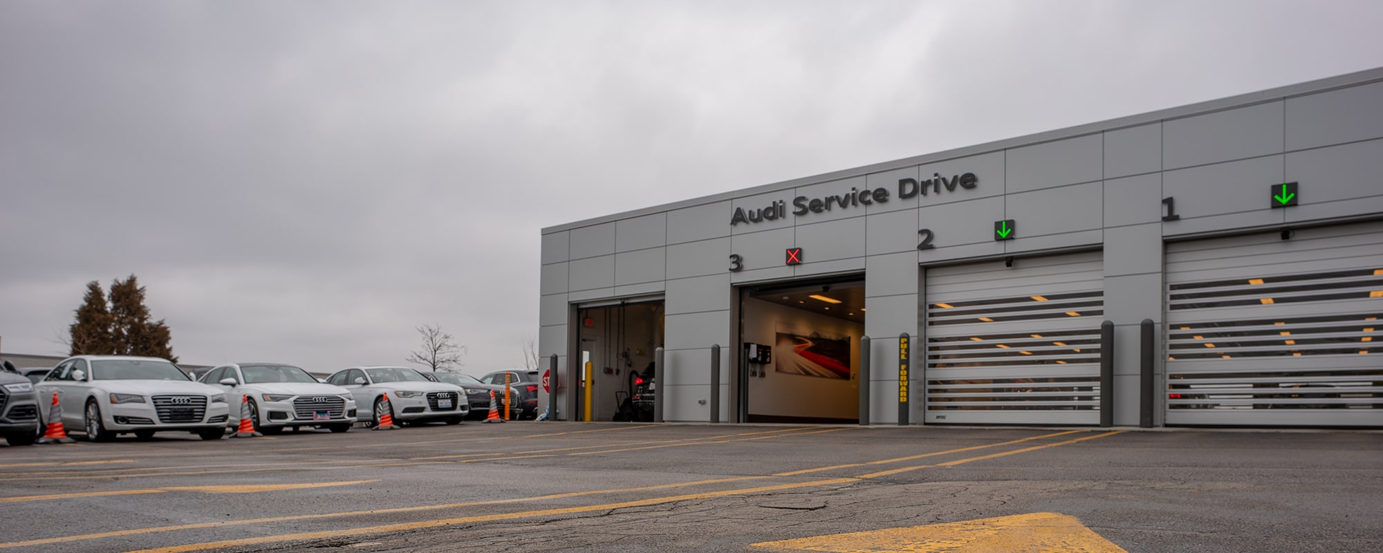 Exterior of Audi Westmont Service Center
