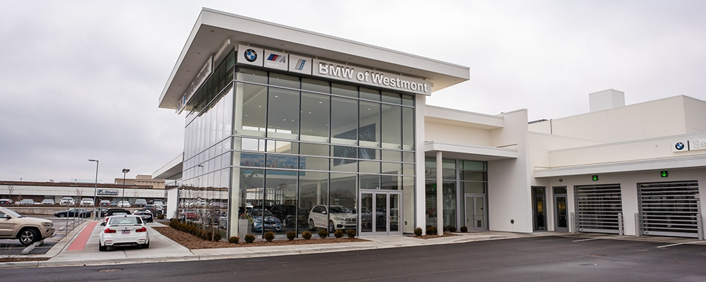 Outside view of Laurel BMW of Westmont