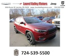New 2020 Jeep Cherokee ALTITUDE 4X4 Sport Utility for Sale in Johnstown, PA