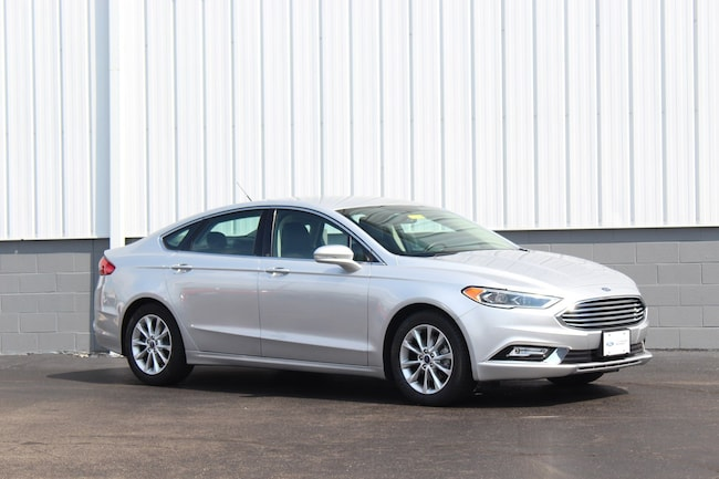 Certified Pre-Owned 2017 Ford Fusion SE Sedan for sale in Cincinnati OH