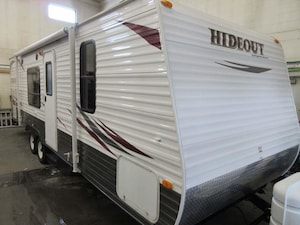 2011 KEYSTONE RV Hideout 27BH bunks