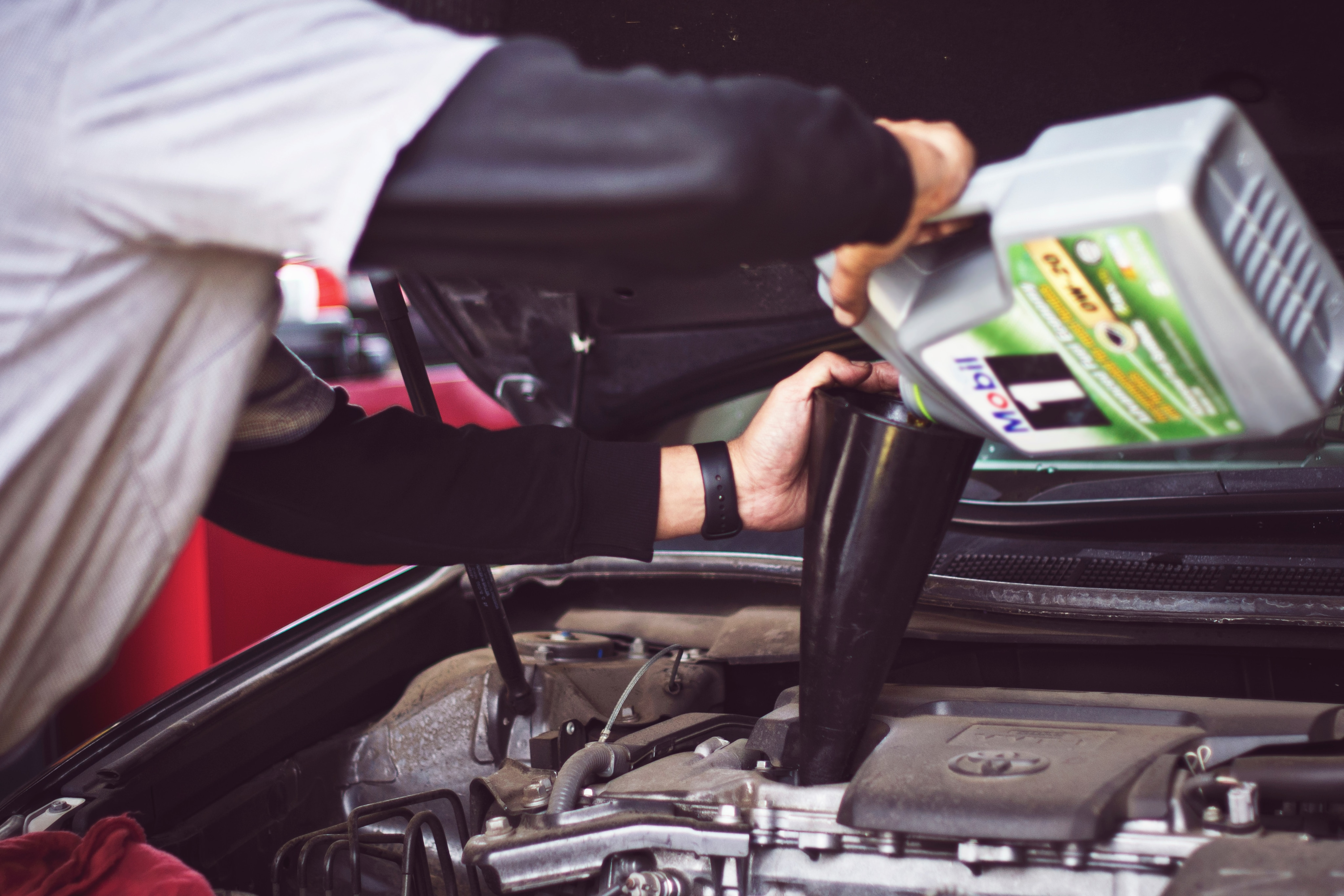 Oil Change Service in Windham, ME