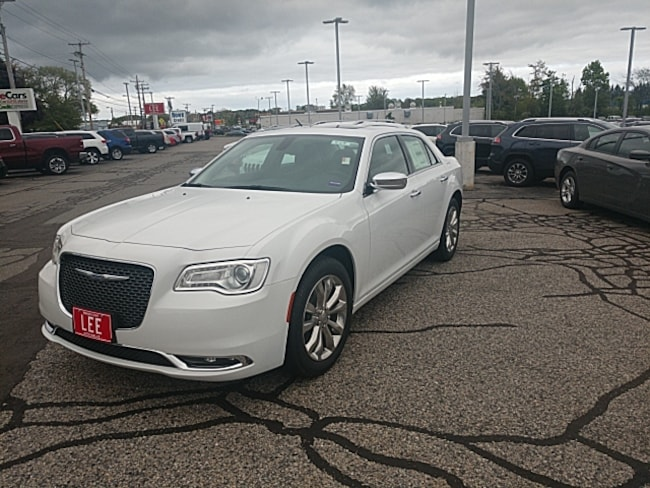 2019 Chrysler 300 LIMITED AWD Sedan
