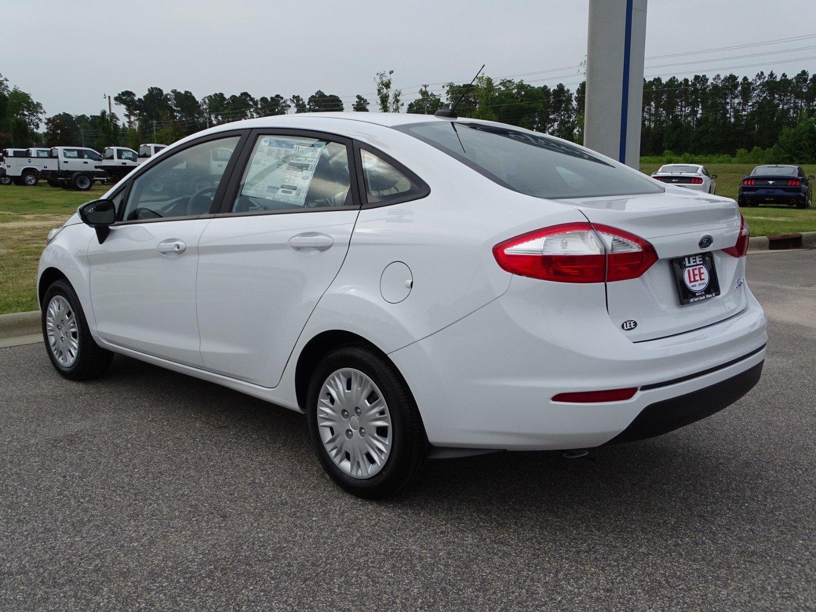 New 2018 Ford Fiesta White Wilson Nc 3fadp4aj2jm131639