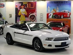 2012 Ford Mustang V6 Mustang Club of America Edition Convertible