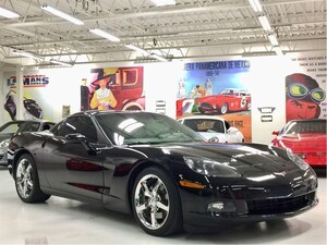 2010 Chevrolet Corvette 3LT, Glass Targa Roof Coupe