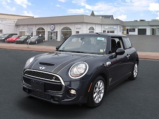 Pre-Owned 2015 MINI Hardtop 2 Door Cooper S Hatchback WMWXP7C50F2A36178 for sale in Amityville, NY