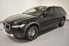 New 2020 Volvo V90 Cross Country T6 Wagon near Cleveland