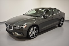 New 2019 Volvo S60 T6 Inscription Sedan 7JRA22TLXKG004066 near Cleveland