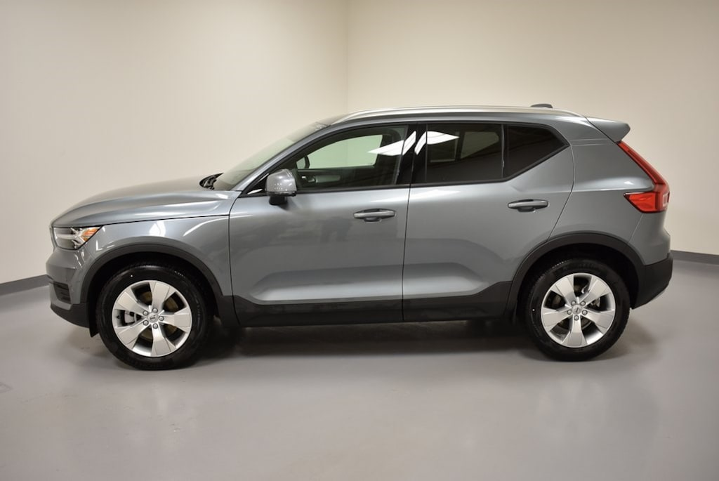 New 2019 Volvo Xc40 Suv Osmium Gray Willoughby Oh For Sale