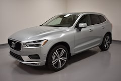 New 2018 Volvo XC60 T6 AWD Momentum SUV YV4A22RK7J1019605 near Cleveland