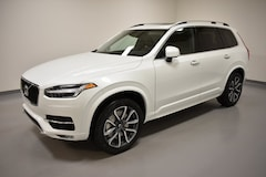 New 2019 Volvo XC90 T6 Momentum SUV YV4A22PK4K1469779 for Sale in Willoughby, OH