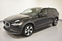 New 2020 Volvo V60 Cross Country T5 Wagon YV4102WK0L1032905 near Cleveland