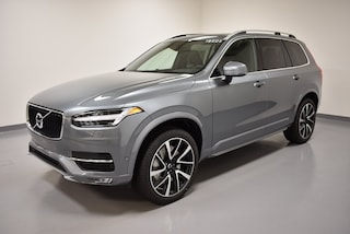 New 2018 Volvo XC90 T6 AWD Momentum (7 Passenger) SUV YV4A22PK1J1326254 for Sale in Willoughby, OH