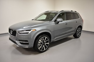 New 2018 Volvo XC90 T6 AWD Momentum (7 Passenger) SUV YV4A22PK4J1325888 for Sale in Willoughby, OH