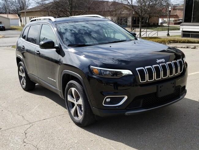 New 2019 Jeep Cherokee LIMITED 4X4 Sport Utility Fairfield IL