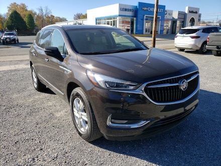 Featured used 2018 Buick Enclave Essence SUV for sale in Fairfield, IL