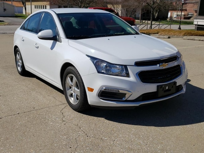 Used 2015 Chevrolet Cruze LT Sdn for sale in Fairfield, IL