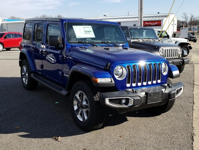 New 2018 Jeep Wrangler UNLIMITED SAHARA 4X4 Sport Utility Fairfield IL