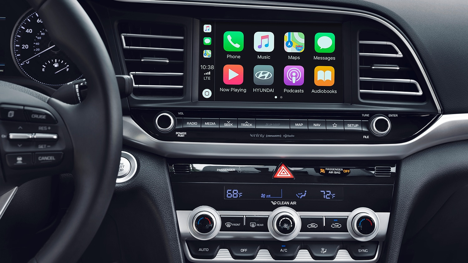 interior view of the multi-informational display system of the 2019 elantra