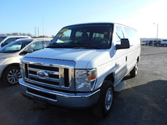 2014 Ford Econoline 350 Super Duty XLT Van
