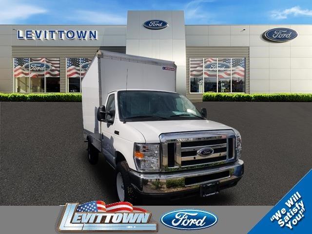 2017 Ford E-350 Cutaway 12' Box Truck Truck