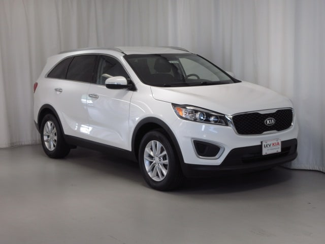 Featured Pre-Owned 2017 Kia Sorento LX SUV for sale near you in Framingham, MA