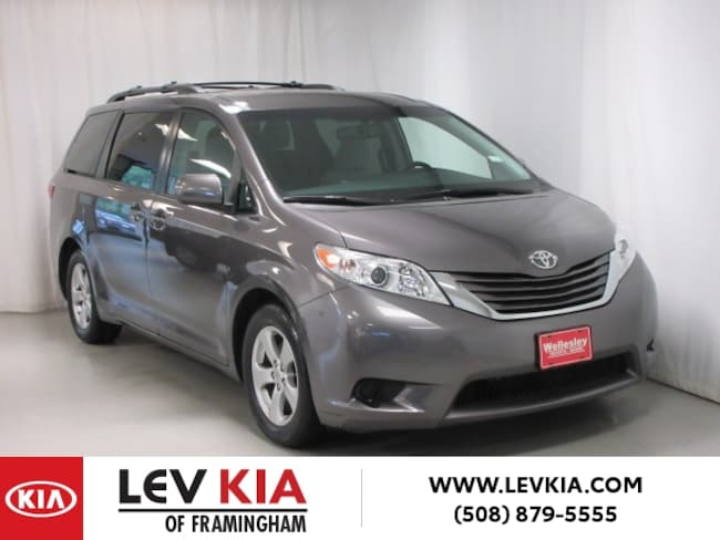 DYNAMIC_PREF_LABEL_AUTO_USED_DETAILS_INVENTORY_DETAIL1_ALTATTRIBUTEBEFORE 2016 Toyota Sienna LE 8-Passenger Van DYNAMIC_PREF_LABEL_AUTO_USED_DETAILS_INVENTORY_DETAIL1_ALTATTRIBUTEAFTER