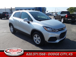 New 2021 Chevrolet Trax LS SUV for sale in Dodge City, KS
