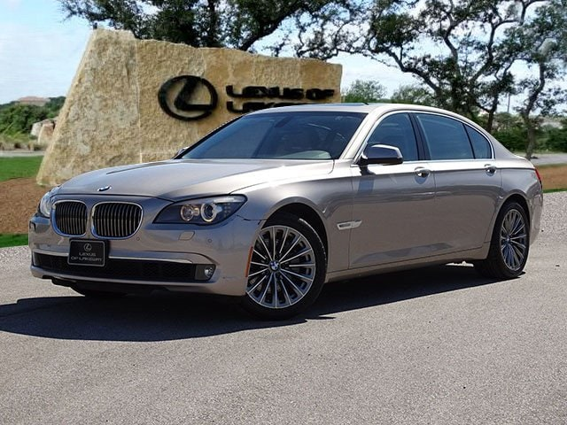 2012 BMW 740Li Sedan