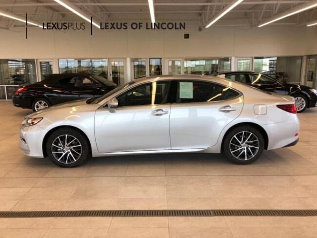 2017 LEXUS ES Car