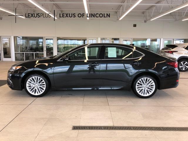 2018 LEXUS ES Car