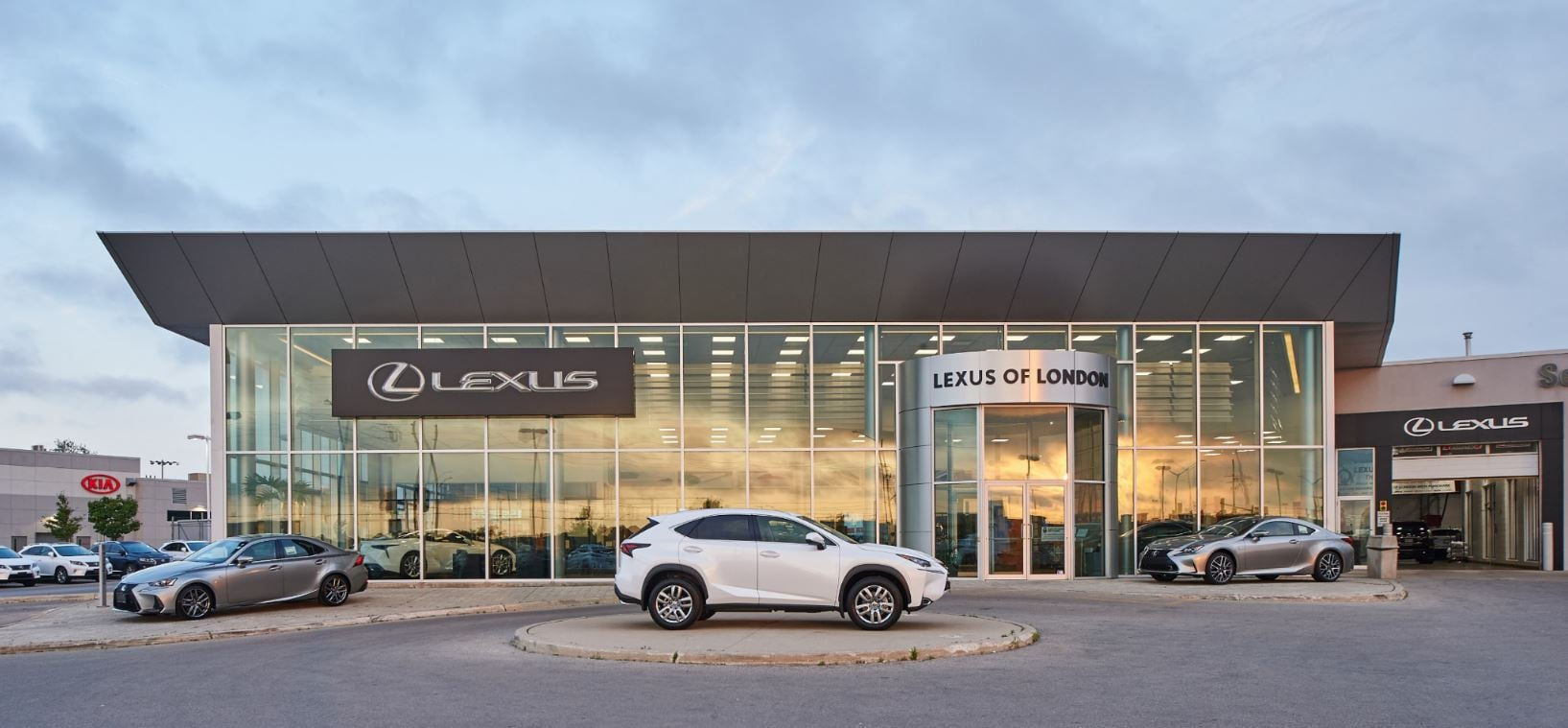 of new toyotatown on in and london lexus dealers toyota used page