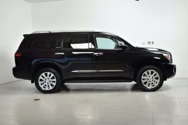 Used 2019 Toyota Sequoia Platinum with VIN 5TDDY5G1XKS170730 for sale in Maplewood, Minnesota