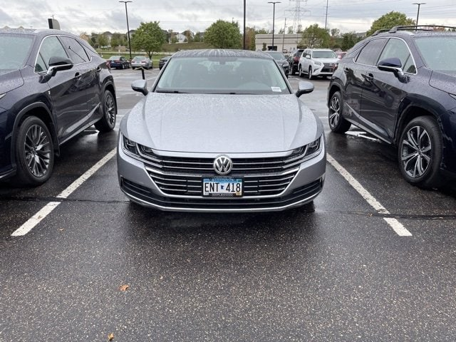 Used 2019 Volkswagen Arteon SEL with VIN WVWDR7AN2KE031217 for sale in Maplewood, Minnesota
