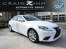 2016 LEXUS IS 200t 200t Sedan