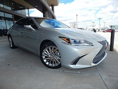 New 2019 LEXUS ES 300h Luxury Sedan for sale in Tulsa, OK